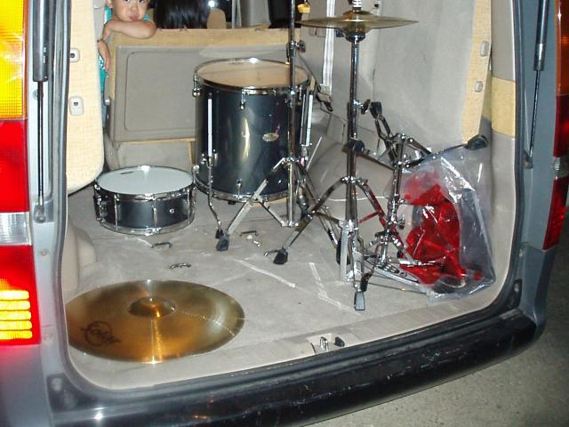 070925-pan-ohtu-miura-drums-007.jpg